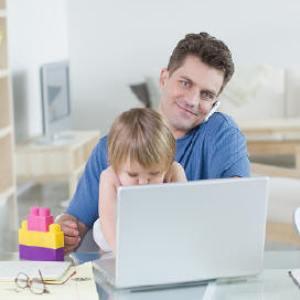 Munca la domiciliu: Avantaje si dezavantaje