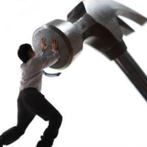 Antreprenor si un job full-time. Poti jongla cu amandoua?