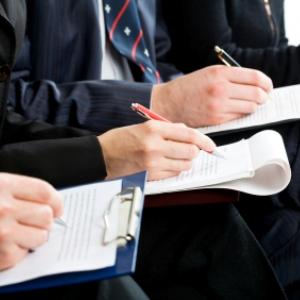 Avantajele si dezavantajele unui grup de intervievatori