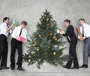 Idei de cadouri de Craciun pentru angajatii tai
