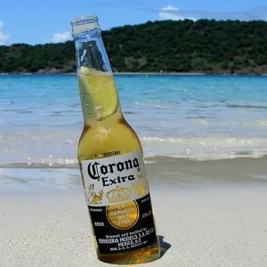 Corona Extra da drumul la publicitatea de vara