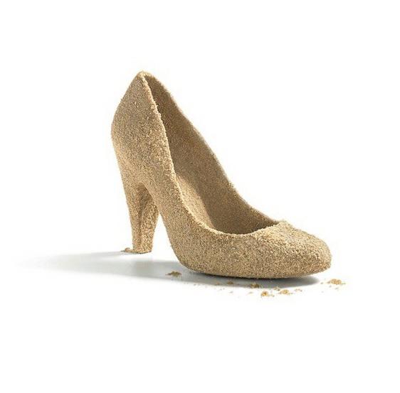 Cultul pantofilor in 15 reclame