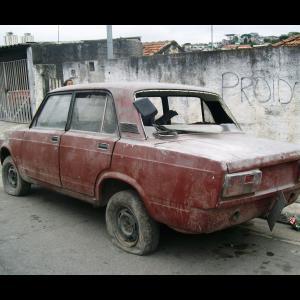 Nu e gluma: Rusii renunta la producerea celebrei masini Lada