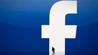 Postarile care promoveaza anti-vaccinarea vor fi sterse automat de Facebook