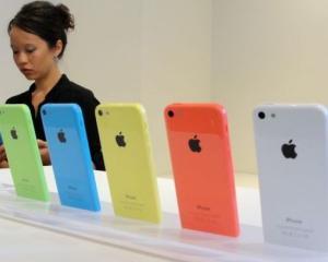 Apple se afla in fata primei scaderi trimestriale a veniturilor din ultimii 10 ani