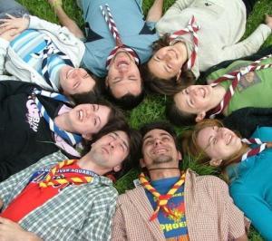 Tinerii - Caracteristici principale si cum pot fi abordati de catre branduri
