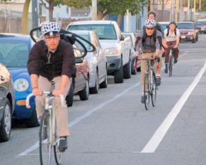 Transport cu bicicleta prin centrul Capitalei