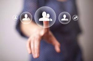 Cate companii folosesc, in Romania, social media pentru promovare