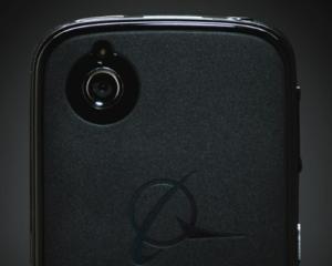 Smartphone-ul care sterge automat datele stocate daca se incearca deschiderea neautorizata