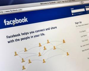 Paper, viitorul agregator de stiri al Facebook