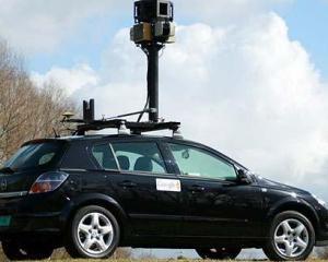 Google a primit amenda 1 milion de euro din cauza masinilor Street View