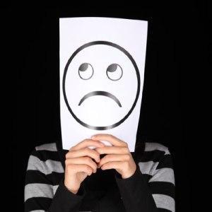 9 minciuni pe care oamenii nefericiti adora sa le spuna