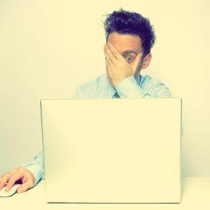 1 din 4 tineri posteaza mesaje pe social media care le-ar putea afecta job-ul
